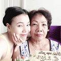 Làng sao - Trà Ngọc Hằng tặng quà sớm cho mẹ ngày 8-3
