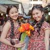 Tam Triều Dâng mua hoa tặng chị gái ngày 8/3