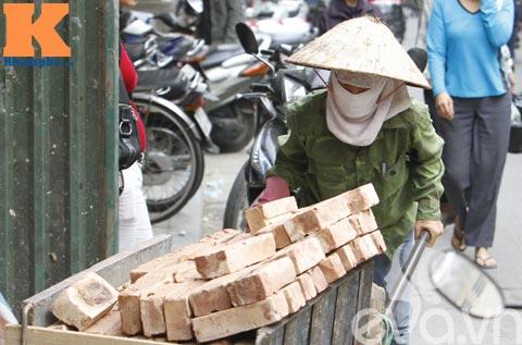 buon tui nhung nguoi phu nu khong co ngay 8/3 - 13