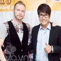 Làng sao - Kyo York bảnh bao đến ủng hộ Thanh Hưng Idol