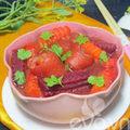 Canh đuôi lợn nấu củ dền thơm ngon