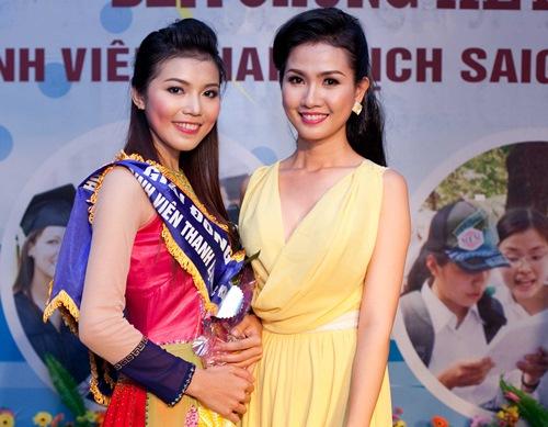 phan thi mo dat show lam giam khao sac dep - 10