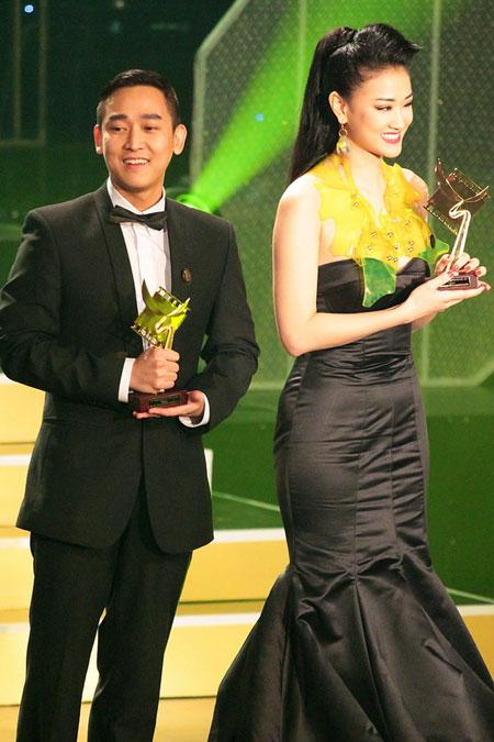 """canh dieu 2012: maya tu """"be cup"""" len nhan giai - 1"""