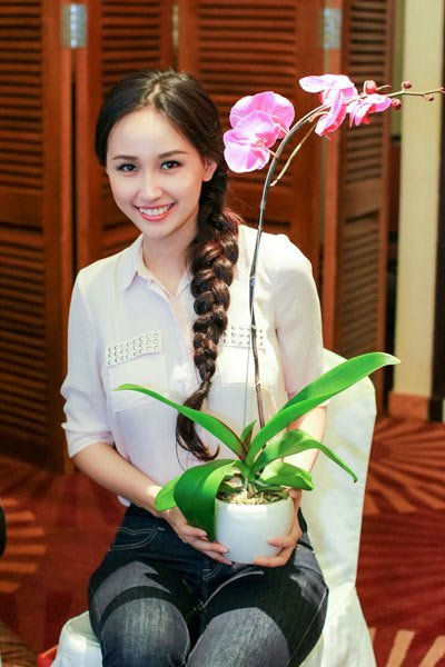"""dinh phuong anh khoe vong 1 """"khung"""" - 16"""