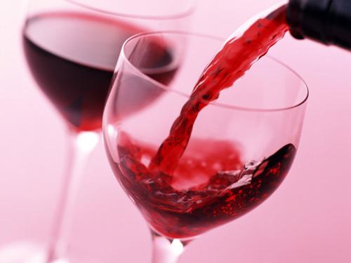 Trẻ lâu nhờ...rượu vang - 1