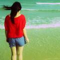 Muốn quên anh, em tìm về với biển
