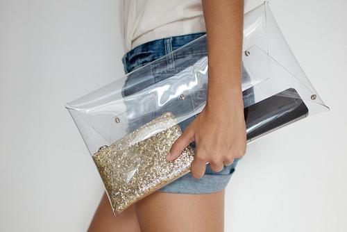 Eva khéo tay: Rảnh rỗi làm túi trong suốt-2