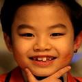 Clip Eva - Psy nhí tung MV 'người lớn'