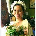Làng sao - Đỗ Hải Yến cười rạng rỡ sau đám cưới