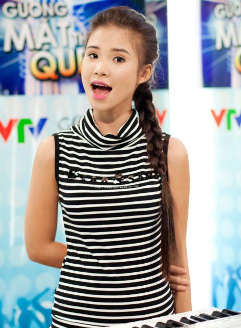 """khoi my: """"khong thich choi than voi gioi showbiz"""" - 1"""