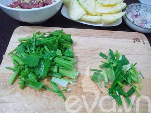 Thịt bò xào dứa đơn giản, dễ ăn - 5