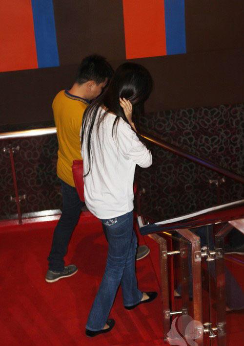 mai phuong thuy 'mat diem' vi jeans - 2
