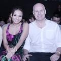 Làng sao - Thu Minh cùng chồng Tây đi cổ vũ đàn em