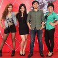 Làng sao - Top 4 Giọng hát Việt giao lưu với thí sinh