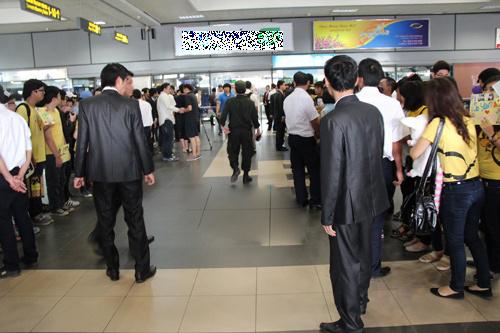 fans t-ara dien dong phuc vang don than tuong - 7