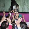 T-ara thân thiện vẫy tay chào fan về nước