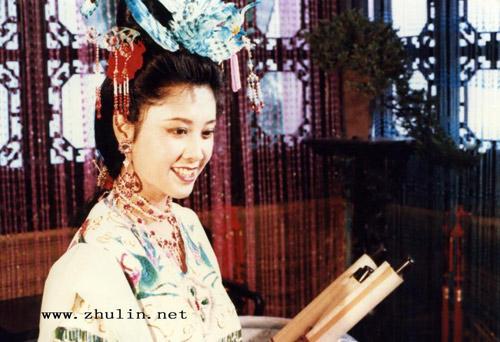 cham diem nhan sac my nhan tay du ky - 2