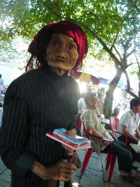 rot nuoc mat nhung phan doi muu sinh quen tuoi - 6