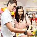 Làng sao - Vợ mới Huy Khánh có bản lĩnh giữ chồng