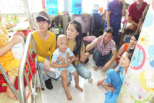 my le, nathan lee tham tre em ung buou - 4