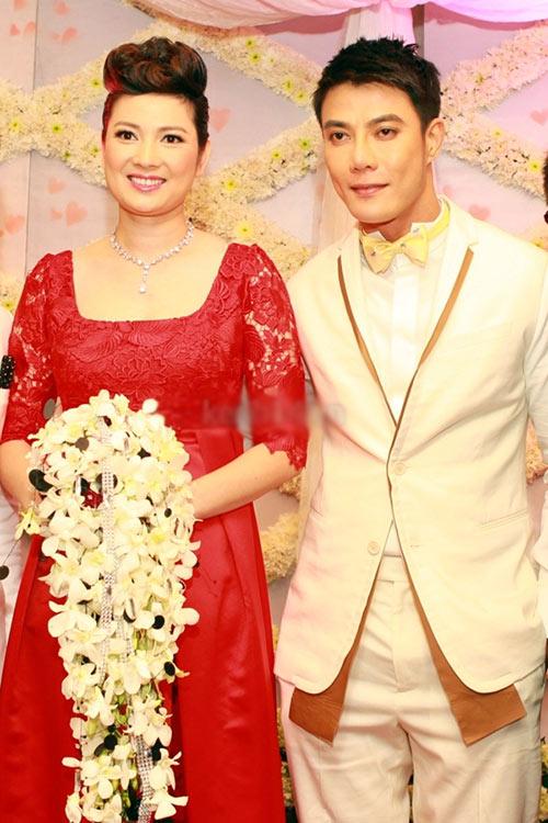 """muon ve hanh phuc khi sao viet """"cap ben tay"""" - 2"""