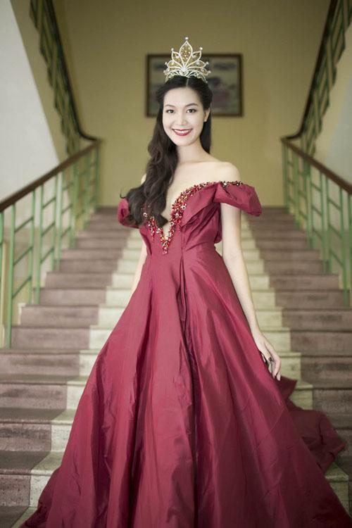 2014: top 8 my nhan tuoi ngo xinh dep cua vbiz - 4