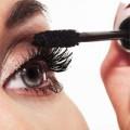 Làm đẹp - Tự làm mascara giúp dài mi tại nhà