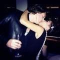 Làng sao - Thảo Trang hôn say đắm bạn trai lúc giao thừa