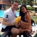 Làng sao - Đoan Trang mặc bikini khoe bụng bầu