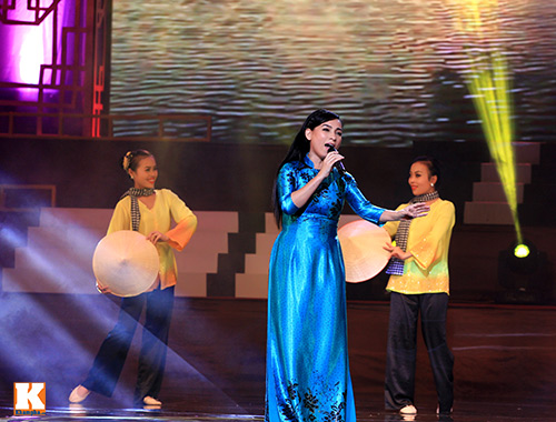 'lim' di vi nghe my chi song ca cung quang le - 12
