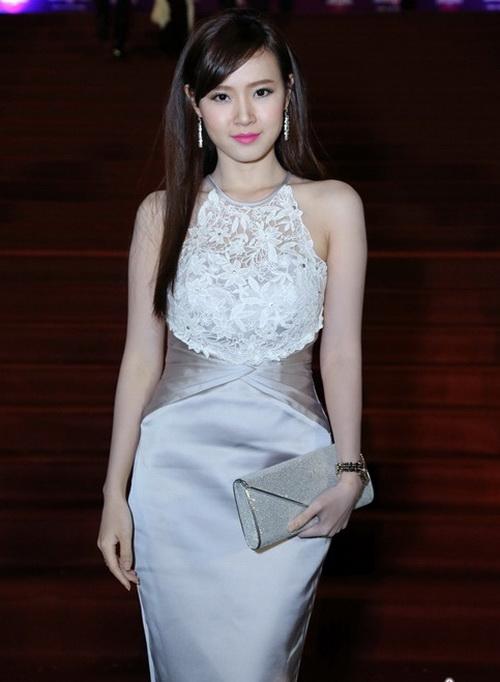 "angela phuong trinh ""de bep"" dan hot girl viet - 17"