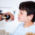 Thận trọng sử dụng thuốc ho cho trẻ