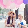 Làng sao - HH Trần Thị Quỳnh bán bóng bay trên phố