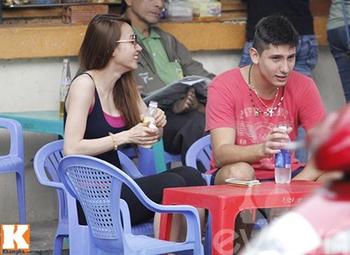 "ngan khanh ""veo ma"" ban trai tay giua pho - 10"