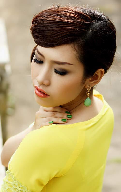 phan thu quyen an tuong voi gam vang chanh - 5