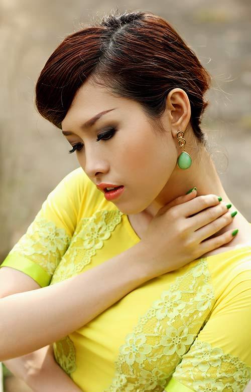 phan thu quyen an tuong voi gam vang chanh - 8