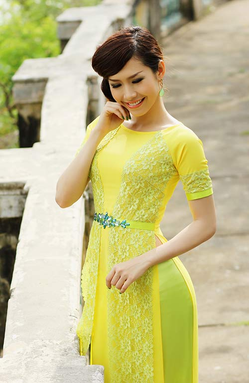 phan thu quyen an tuong voi gam vang chanh - 2