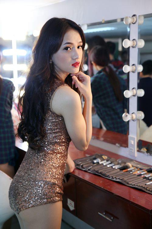"huong giang idol sexy ""tu nha ra pho"" - 5"