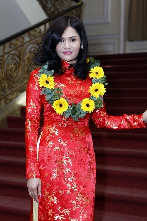 "dai gia ha tinh khong ""lep ve"" voi mai thu huyen - 6"