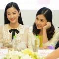 """Làng sao - Maya xóa bỏ tin đồn """"hiềm khích"""" với Vân Trang"""