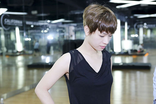 tra my idol mat meo xech vi chan thuong - 4