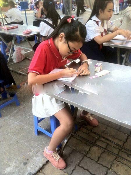 phuong my chi sai chinh ta van duoc bang khen - 6
