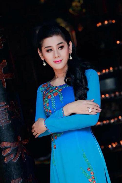 lam chi khanh dep diu dang voi ao dai - 3