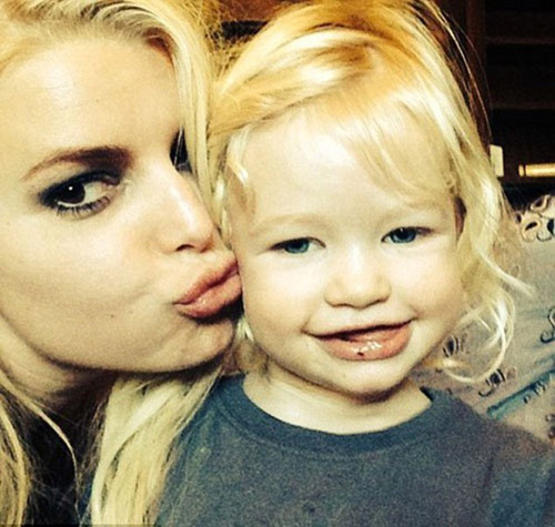 jessica simpson khoe anh con gai ngo nghinh - 5