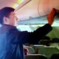 Tin tức - Lại bắt quả tang khách TQ ăn cắp trên máy bay VNA
