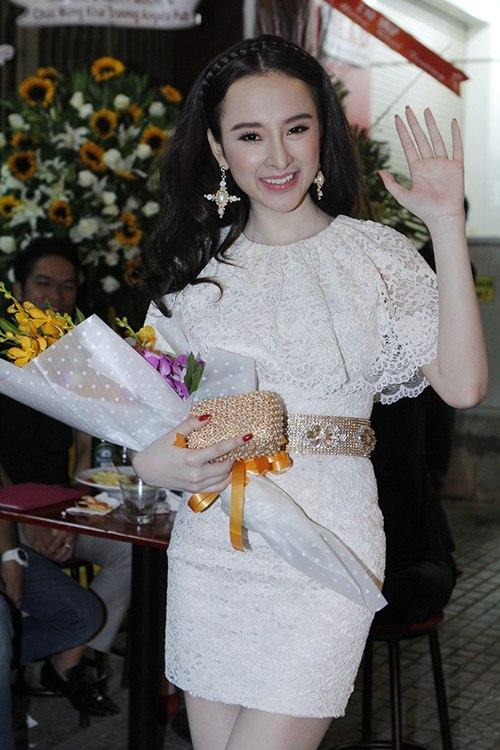 hau cam dien, angela phuong trinh len chuc ba chu - 14