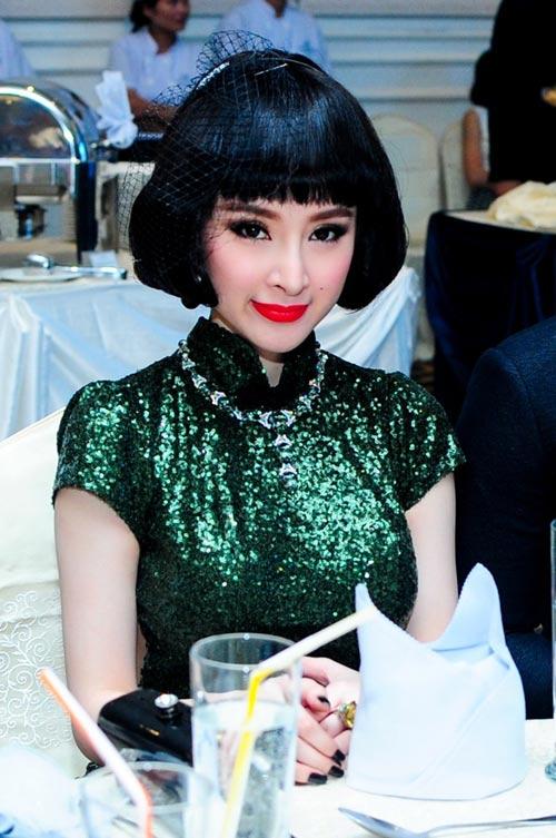 "phuong trinh: ""nhan bai hoc khi bi cam dien"" - 4"