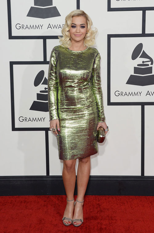 "taylor swift ""thap sang"" le trao giai grammy - 3"