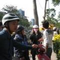 """Mua sắm - Giá cả - Đà Nẵng: Người bán hoa Tết """"méo mặt"""""""