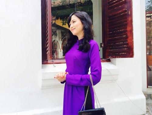 thuy top goi banh chung don tet - 5